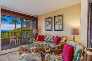 3700 Kamehameha Rd Sealodge B6-small-005-7-Living room-666x444-72dpi